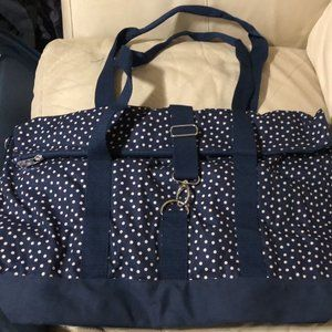 Thirty-One fold over weekender bag-- Navy Dot
